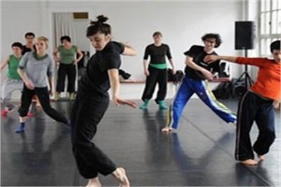 Dance free style bolywood
