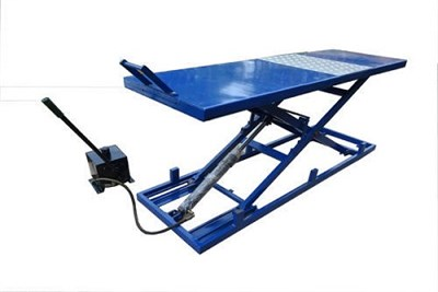 Two and Four Wheeler  Service Ramp Lift