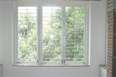 3 Shutter Windows