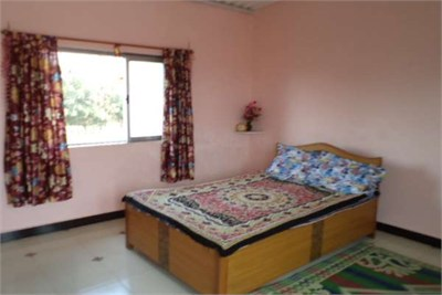 Flat on Rent for Bachelors