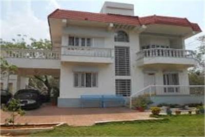 4BHK Bungalow at Amravati Road on rent