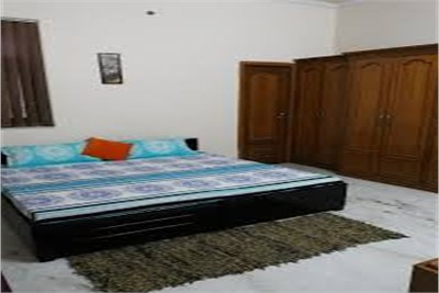 1 Room at Mecosabagh for girls on rent