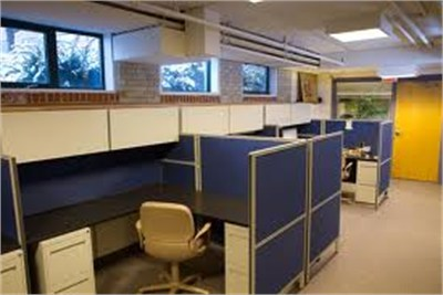 700 sq ft office space at Sadar on rent