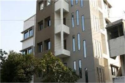 2bhk flat available in nagpur at gandhi nagar