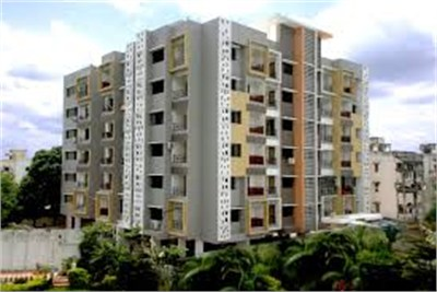 2bhk flat available in nagpur at manish nagar.