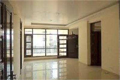 3bhk semi furnished flat at dharampeth nagpur