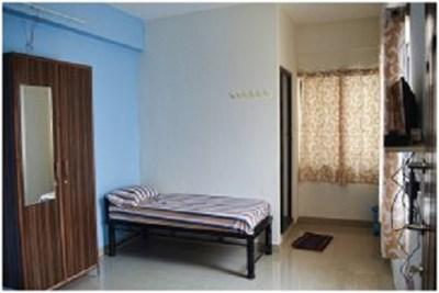 Bachelor room at Dharampeth