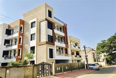 Flat for sale at Hill Top