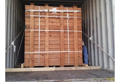 Container Lashing with Chocking