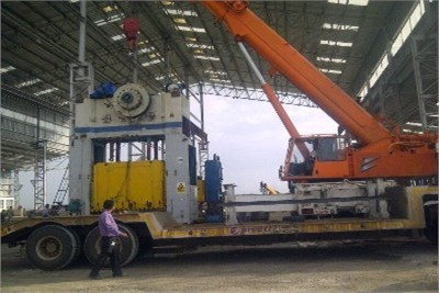 Loading and Unloading Crane Service