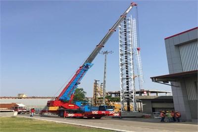 telescopic truck tyre mounted crane