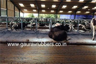 Rubber Cow Mats 13