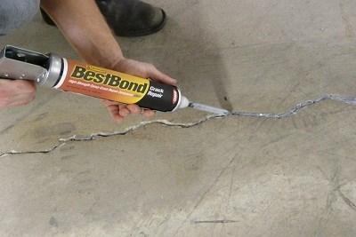 Crack Sealing in Building
