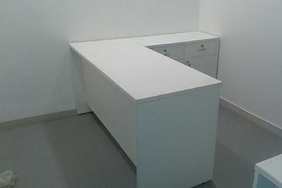 Corner Workstations