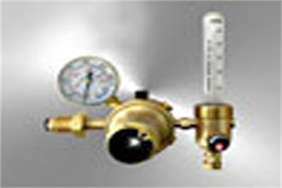 Gas Regulators and Flow Meter