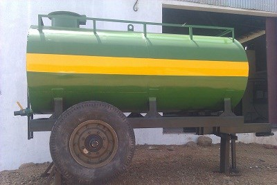 WATER TANKER TRAILER MOUNTED