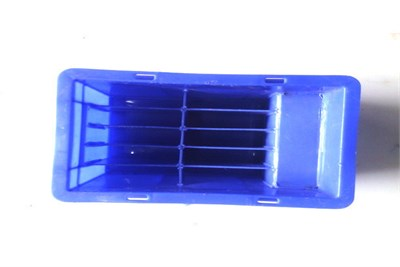 Plastic Crates with Partition